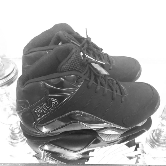 3e8bb7ec294 Fila Epic Reign Black on Black Basketball shoes
